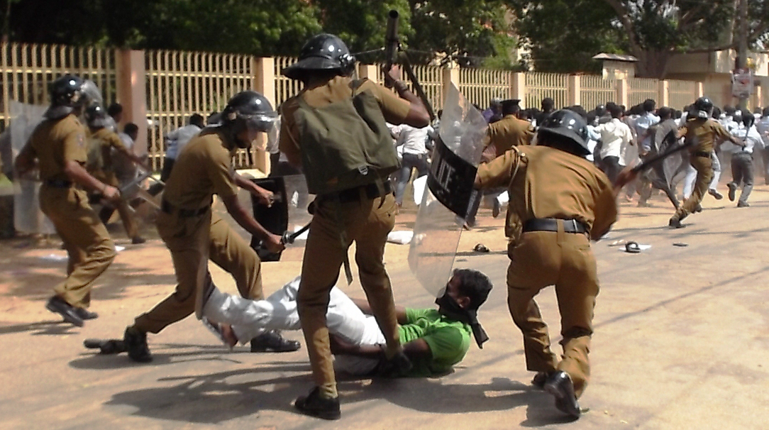 Riot police cracked down on Tamil student protesters, days after Scottish Police College experts arrived in Sri Lanka, November 2012. Credit: www.jdslanka.org