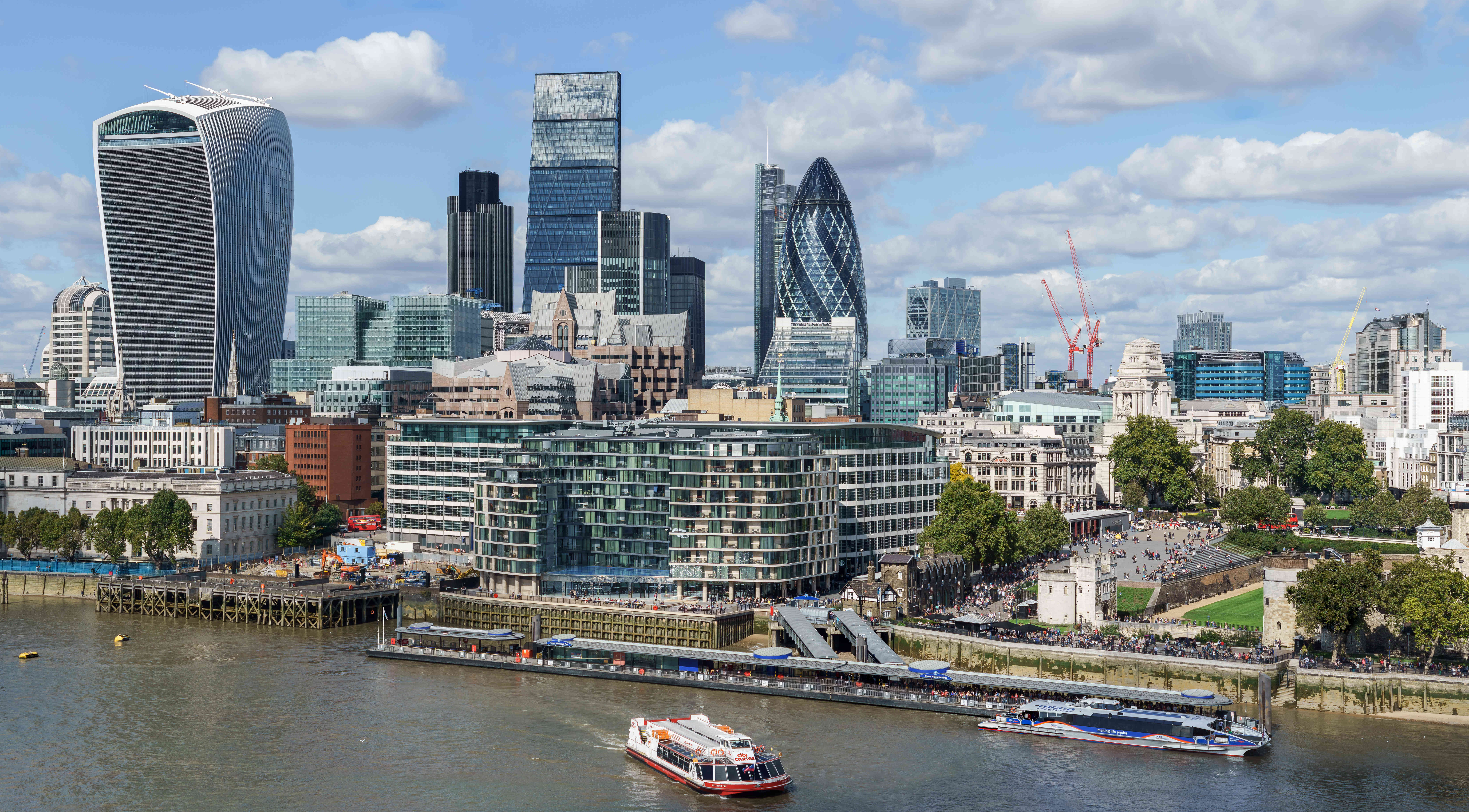 City_of_London_skyline_from_London_City_Hall_-_Sept_2015_-_Crop_Aligned.jpg